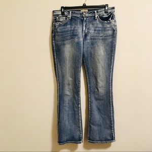 Distressed Bling-less Earl Jeans 14